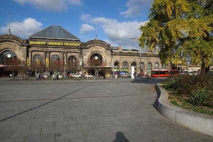 Bahnhof Dresden-Neustadt - Stadtrundfahrt-Straßenbahn