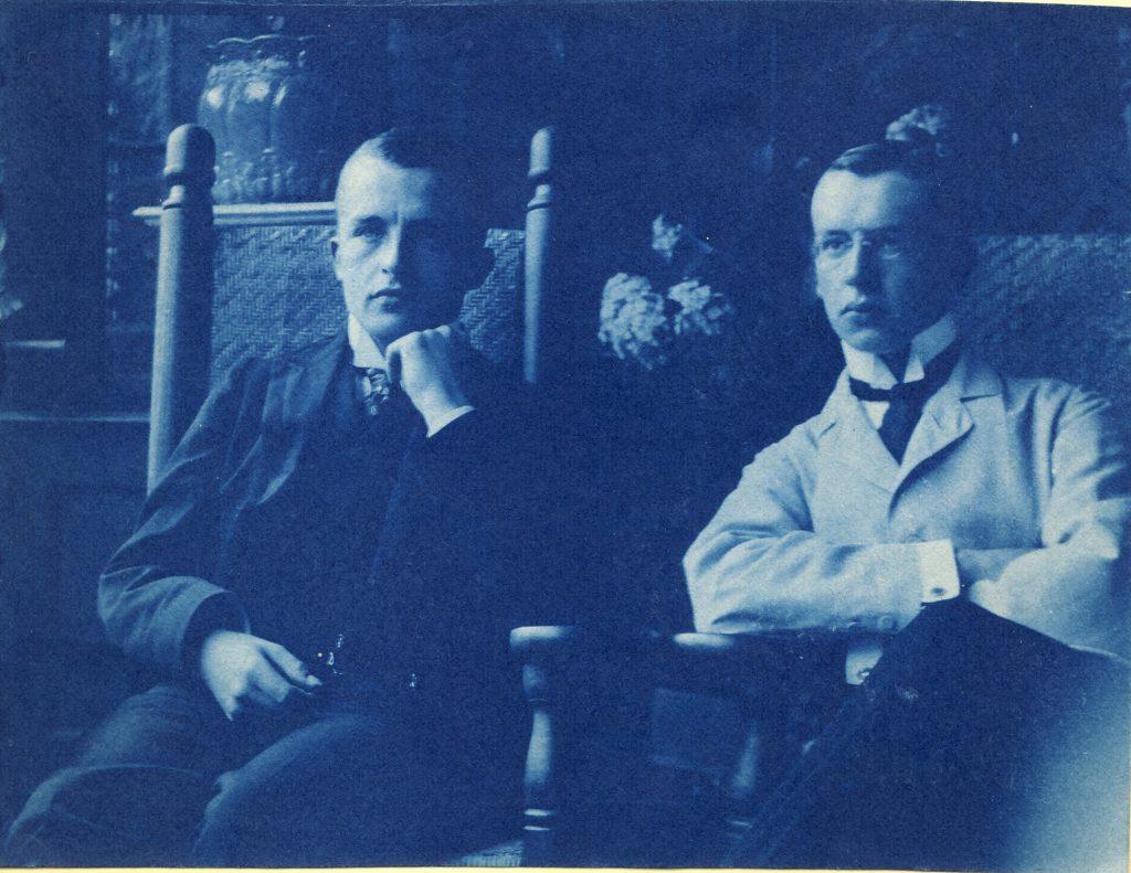 Cousin Eduard Hempel (links) und Eberhard Hempel (rechts), Aufnahme um das Jahr 1900 auf der Altenzeller Straße 44 in Dresden