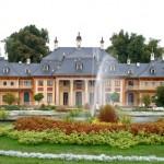 Schloss Pillnitz, Bergpalais - Stadtrundfahrt-Bus