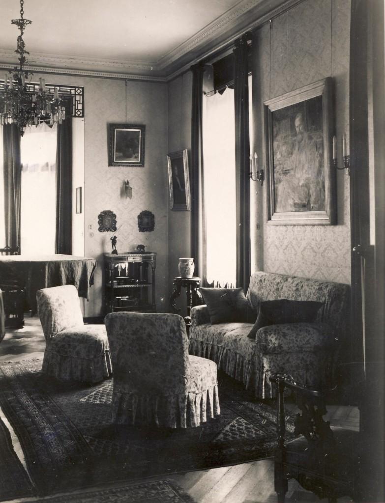 Im Wohnhaus von Prof. Walther Hempel