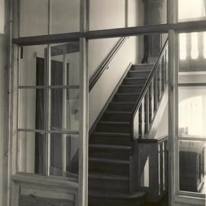 Treppenhaus im wieder aufgebauten Wohnhaus Altenzeller Straße 44
